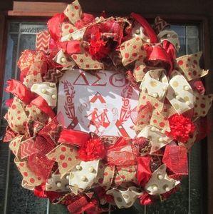 Deco Mesh Sample Wreath
